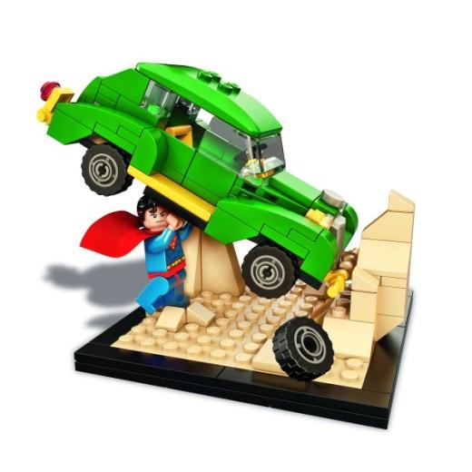 lego-superman-comic-con-exclusive-600x600-140994